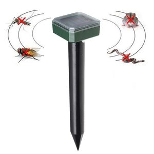 Отпугиватель кротов/грызунов ультразвуковой на солнечной батарее KOC_KR102
