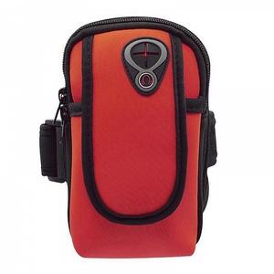 OT-SMH11 Красный чехол-нарукавник для смартфона