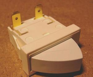 L851157 Выключатель рычажный T85 (0,7A/250v)