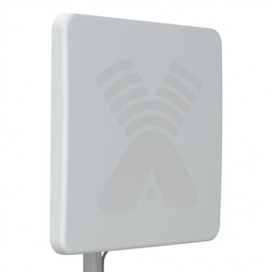 ZETA F - широкополосная панельная антенна 4G/3G/2G (17-20dBi)