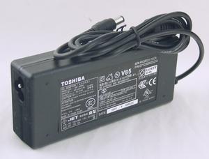 Блок питания для ноутбуков TOSHIBA  LP-603 15V/6A  6.3*3.0