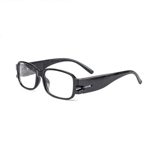 Черные очки увеличительные с подсветкой (+1.5) OT-INL71