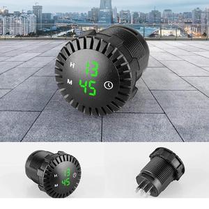 TDS TS-CAU54 Зеленые часы автомобильные (Врезные)